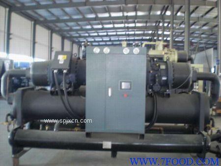 深圳螺桿式冷水機廠家價格